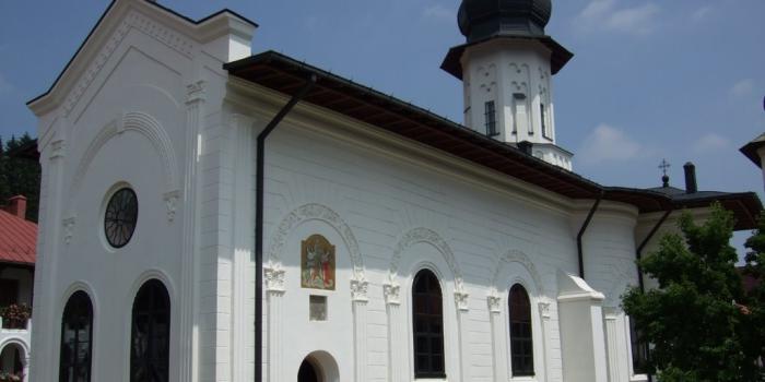 manastirea agapia 2